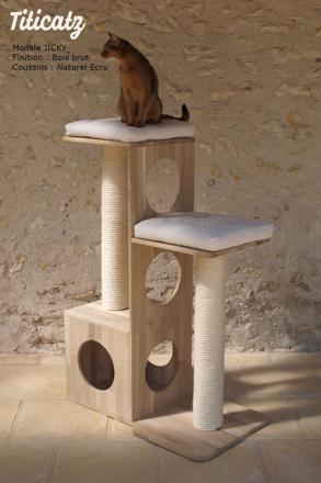 arbre a chat tres solide