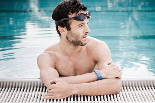 bracelet connecté piscine