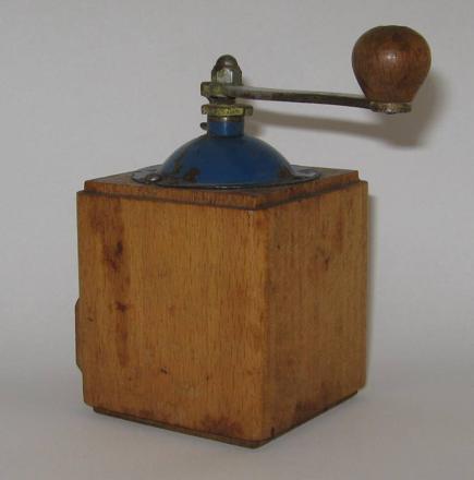 moulin a poivre peugeot bois ancien