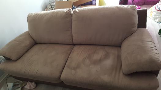 nettoyer un canapé en daim
