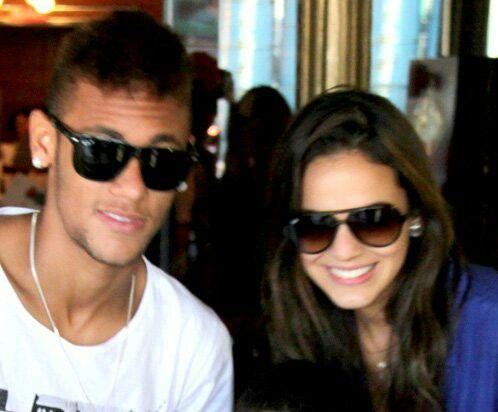 neymar jr en couple