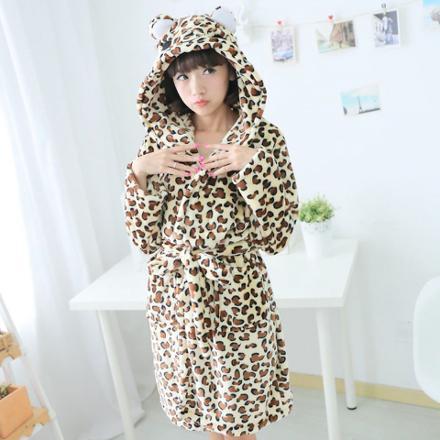 peignoir leopard femme