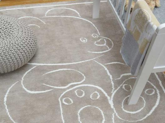 tapis beige chambre bébé