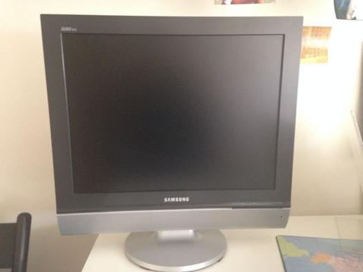 tv ecran plat 50 cm