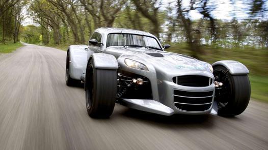 voiture legere et puissante